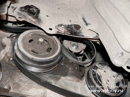 Замена подшипника ролика натяжителя ремня навесного. Двигатели серии QR